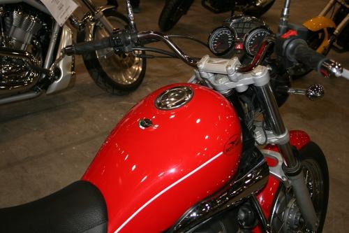 Tappo benzina 240.2V7.BKE per serbatoio Moto Guzzi Nevada 750 Classic