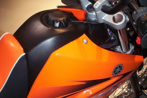 Tappo serbatoio per Yamaha XT 125 R 950.BKE