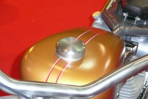 Tappo per serbatoio Harley Davidson custom ALU.HD.BKE